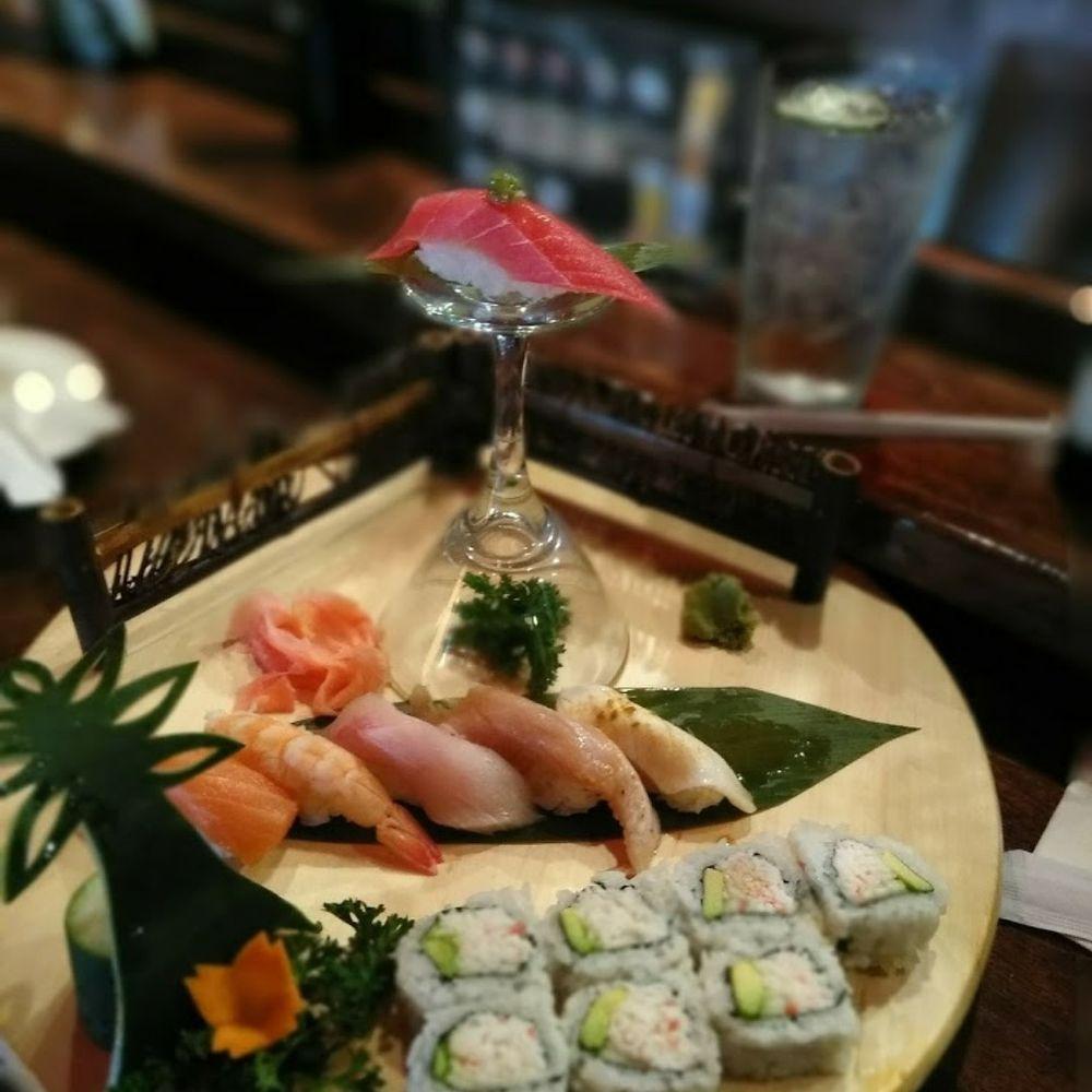 Hon Sushi: 1902 E Belt Line Rd, Carrollton, TX