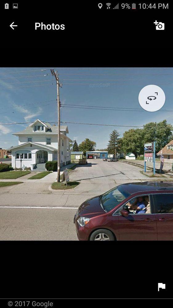 South Beloit Lube: 540 Blackhawk Blvd, South Beloit, IL
