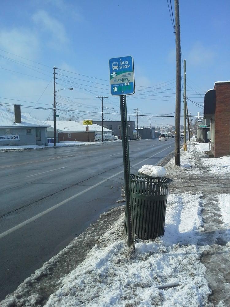 Lextran Bus Stop 956: 907 Winchester Rd, Lexington, KY