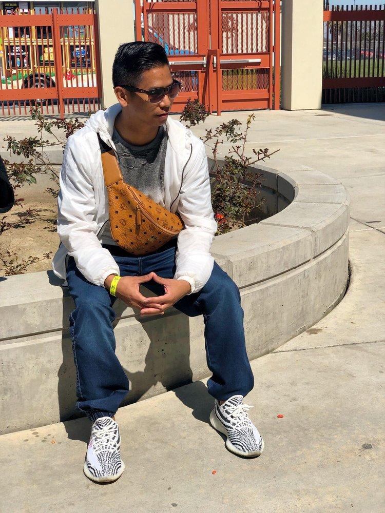 Mission Oak High School: 3442 E Bardsley Ave, Tulare, CA