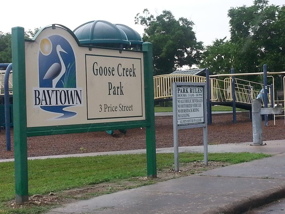 Goose Creek Park: 3 Price St, Baytown, TX