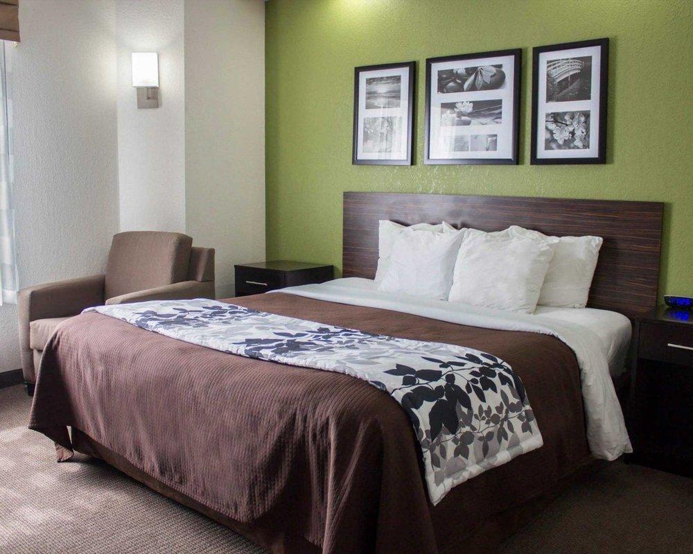Sleep Inn Athens I-65: 1115 Audubon Lane, Athens, AL