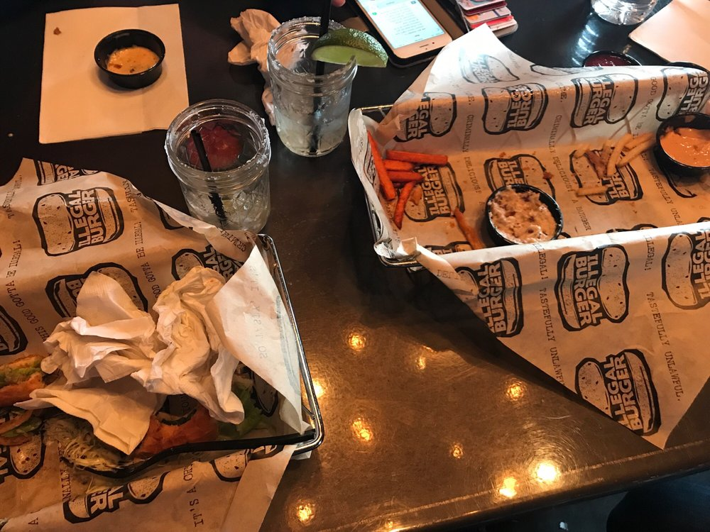 Illegal Burger - Capitol Hill