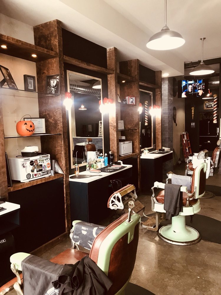 Dave Pegg's Barbering & Shave Parlor: 42 N Sharpville Ave, Sharon, PA