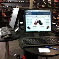 75a0c6a0e2d Shoe Metro - CLOSED - 46 Reviews - Shoe Stores - 8960 Carroll Way ...