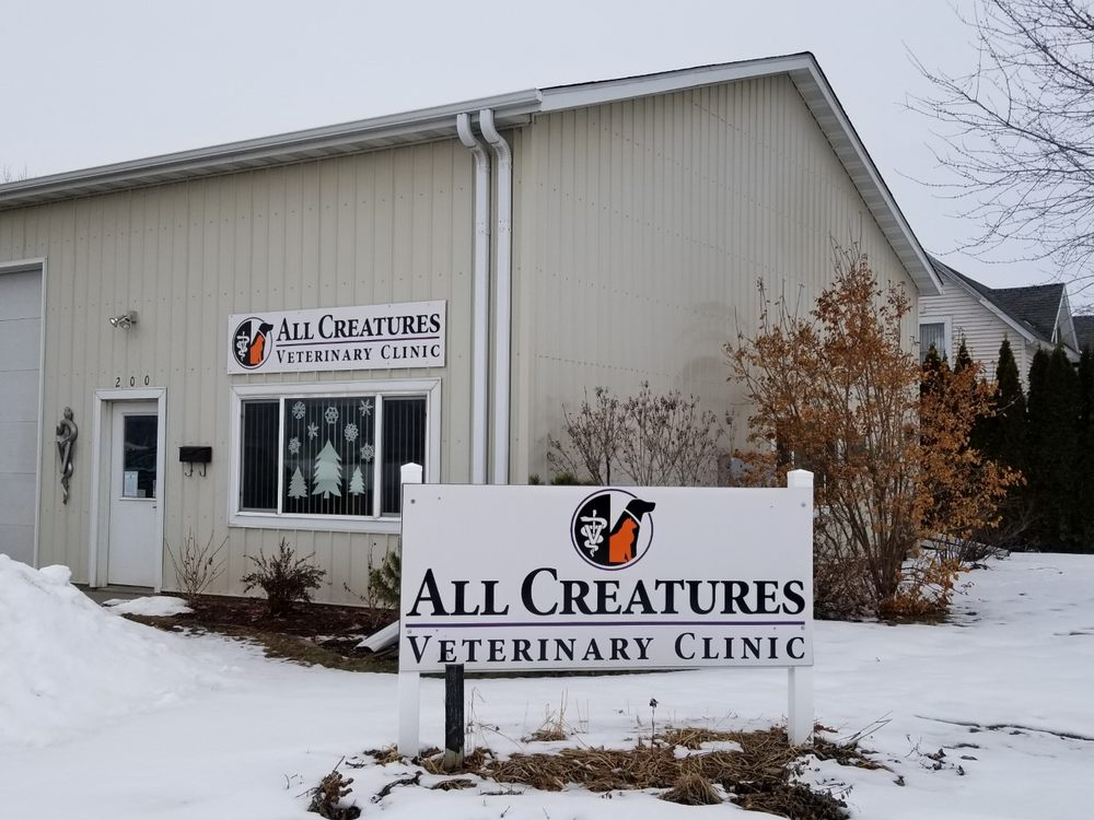 All Creatures Veterinary Clinic: 200 N 8th St, Lake City, MN