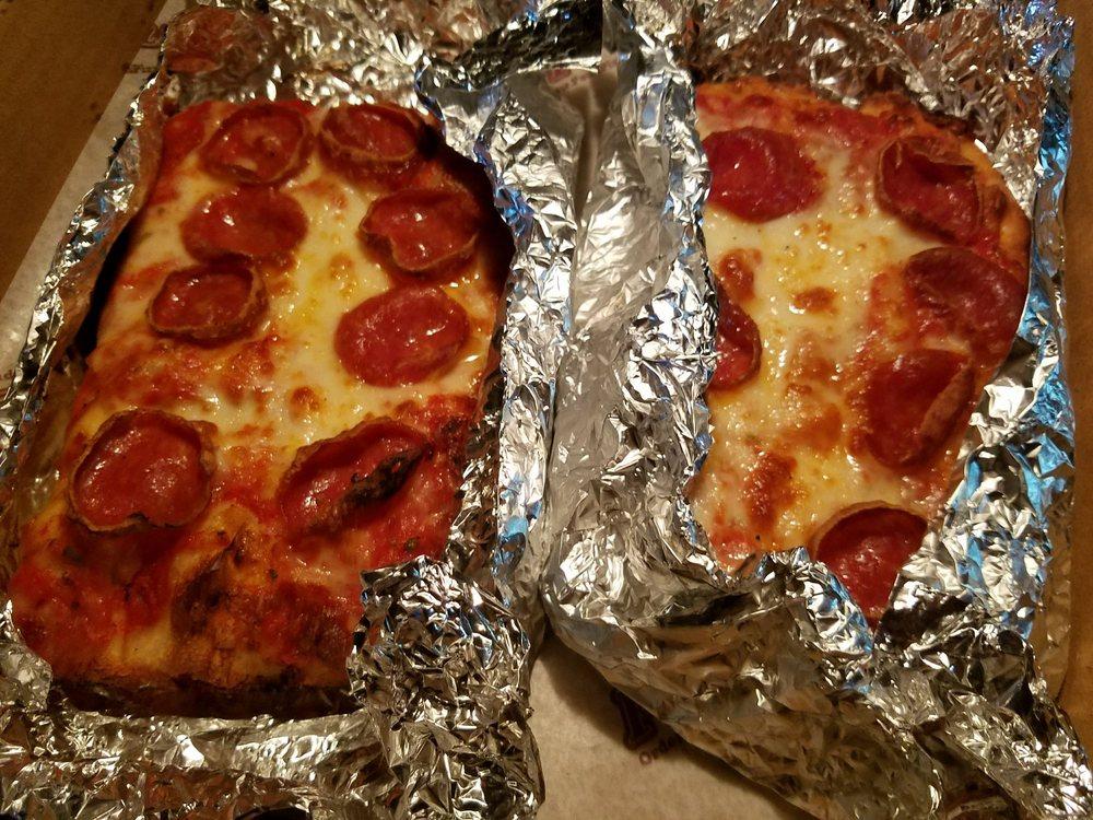 Paul's Pizzeria: 7635 W Vernor Hwy, Detroit, MI