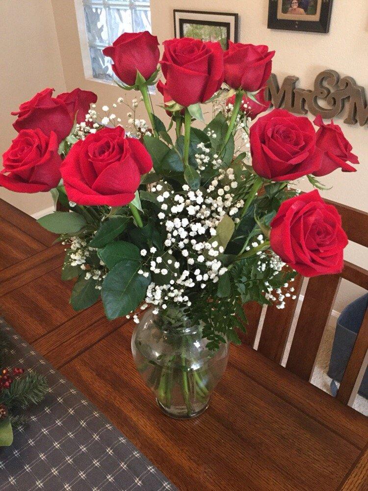 Broniak & Kraf Florist & Greenhouse: 3205 Washington Pike, Bridgeville, PA