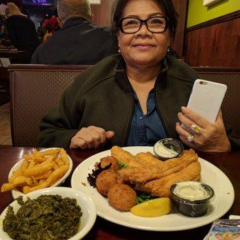 Pirate S Cove Restaurant 125 Photos 157 Reviews Seafood 109 Gainsborough Sq Chesapeake Va Phone Number Yelp
