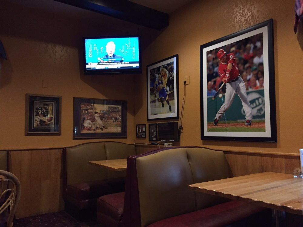 Papa's American Cafe: 2960 4th St SW, Mason City, IA