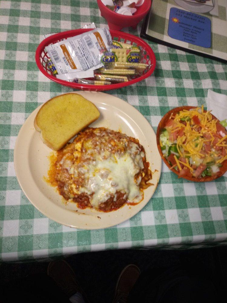 Twink's 220 Diner: 501 Market Ave, Iron Gate, VA