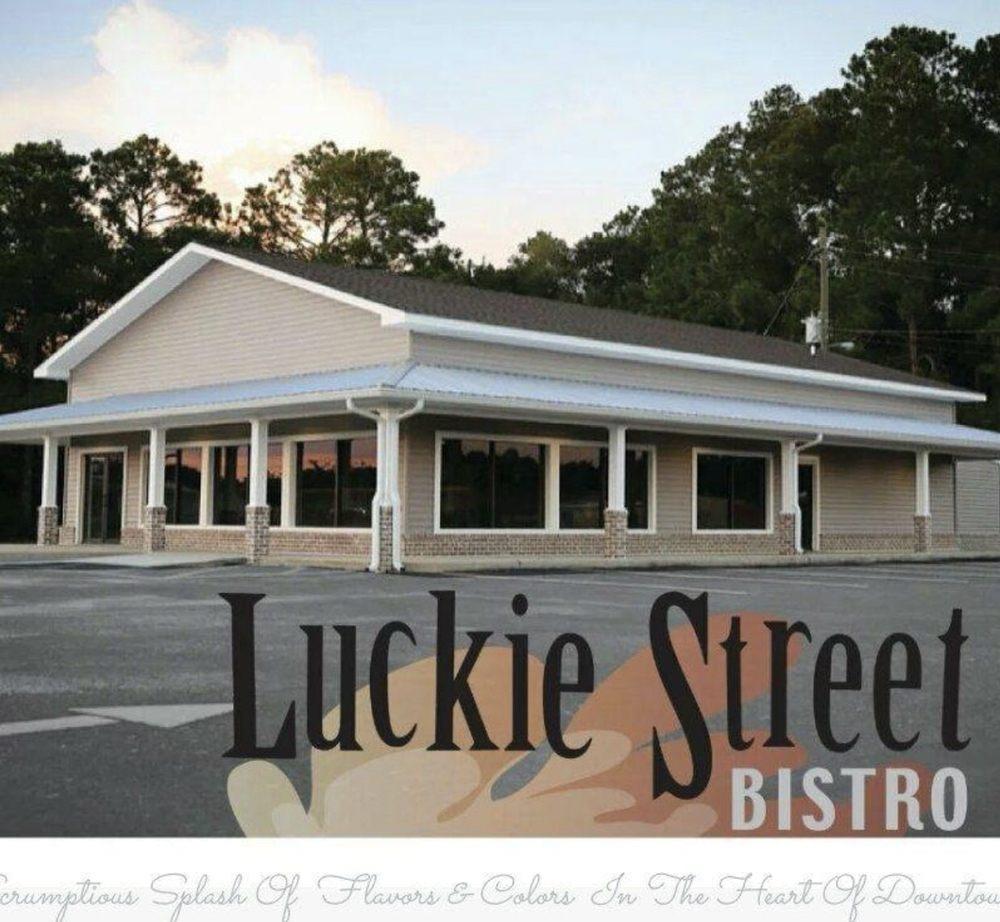 Luckie Street Bistro: 193 Blackshear Hwy, Baxley, GA