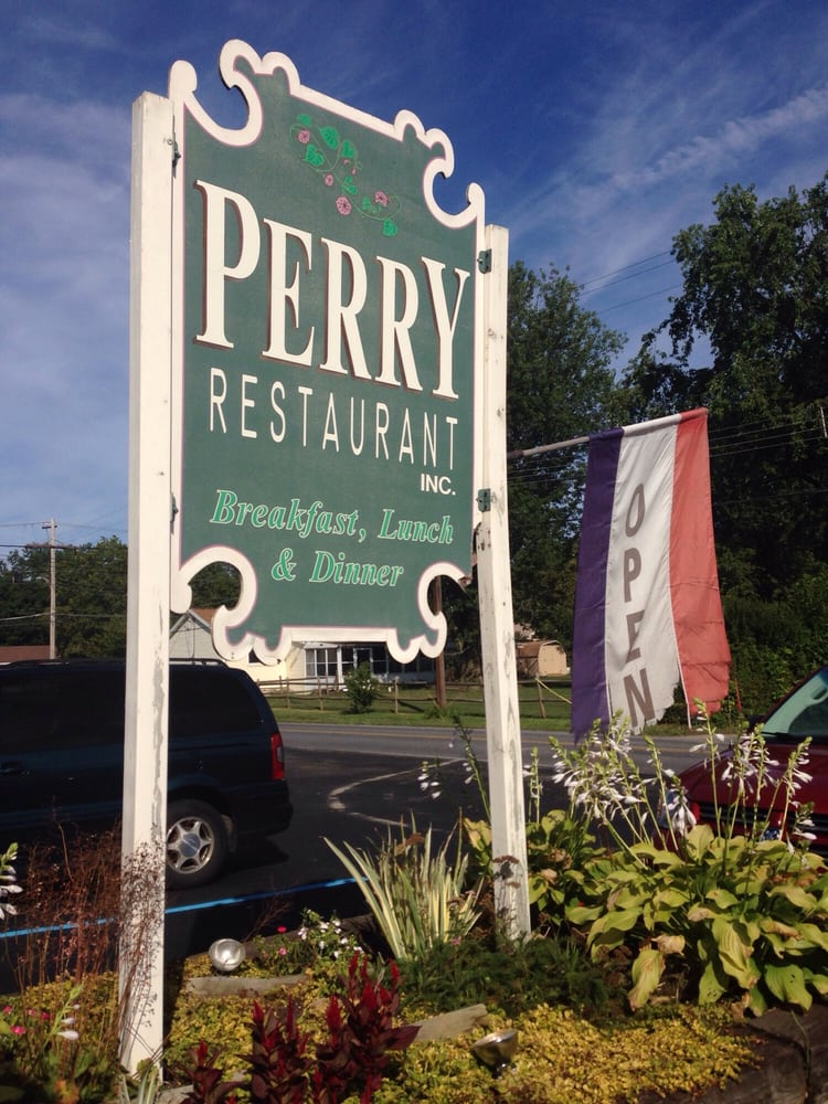 Perry Restaurant: 11 Bellevue Ave, Shoemakersville, PA