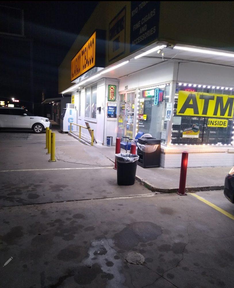 Alvarado Tobacco: 200 W Highway 67, Alvarado, TX