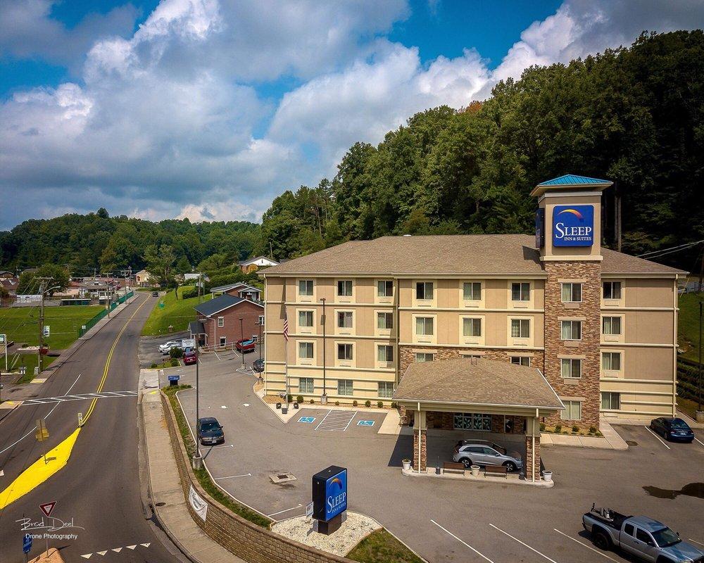 Sleep Inn & Suites: 5625 Dickenson Hwy, Clintwood, VA
