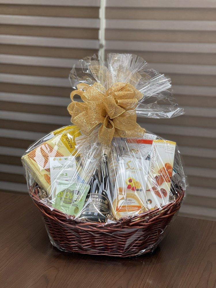 Jenny's Gourmet Gift Baskets: 7203 SW 48th St, Miami, FL