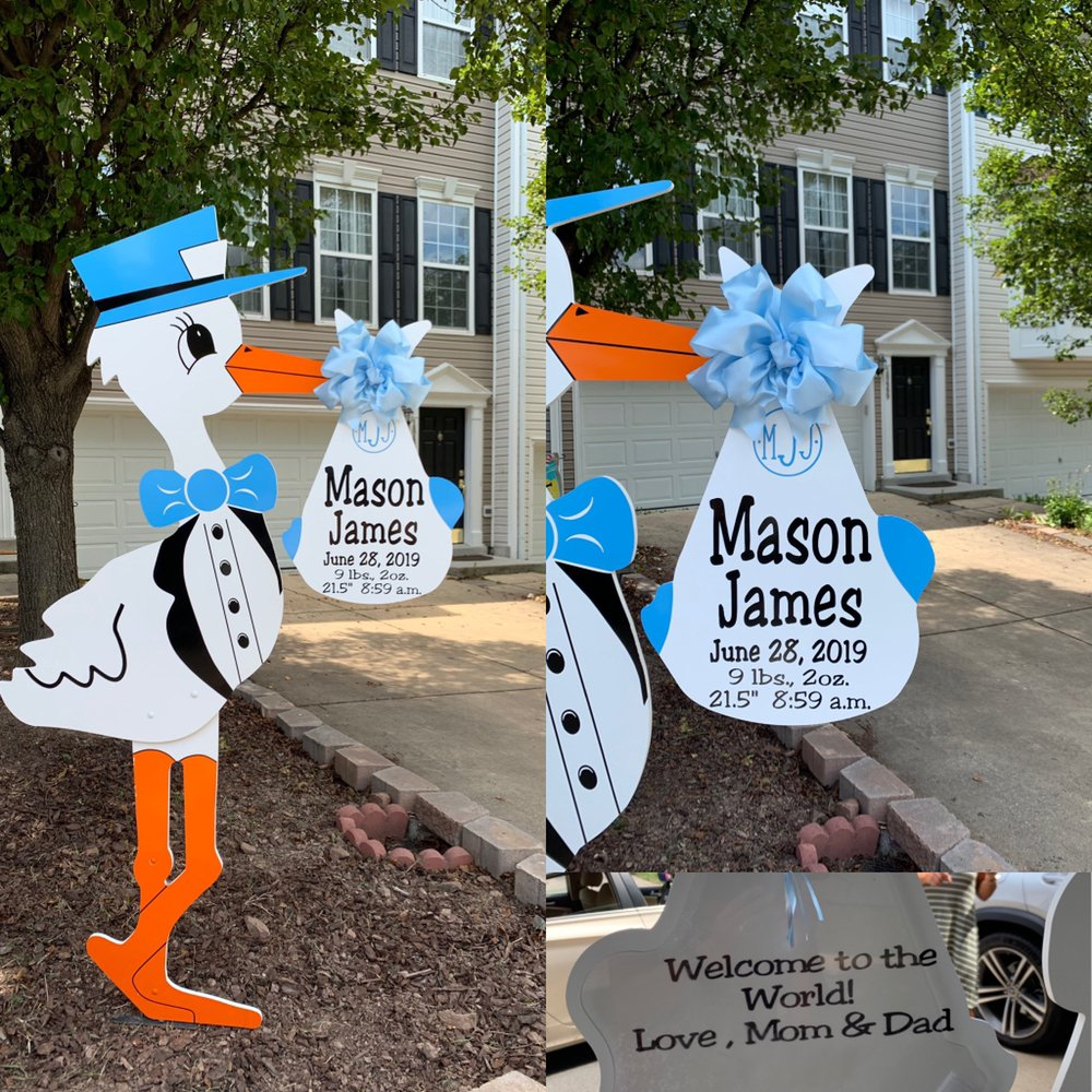 Flying Storks Yard Sign Birth Announcements: Frederick, MD