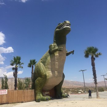 Cabazon Dinosaurs Roide Stop 2017 California Pictures Slideshow