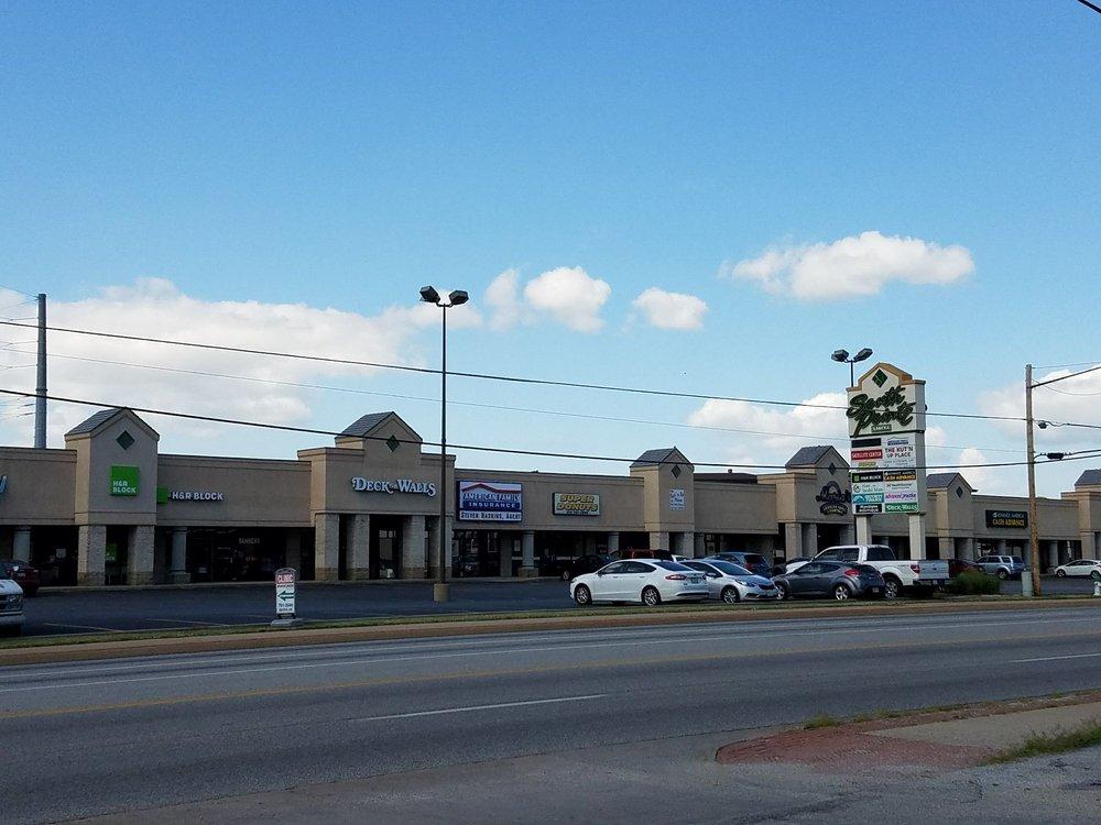 South Pointe Plaza: 1901 E 32nd St, Joplin, MO