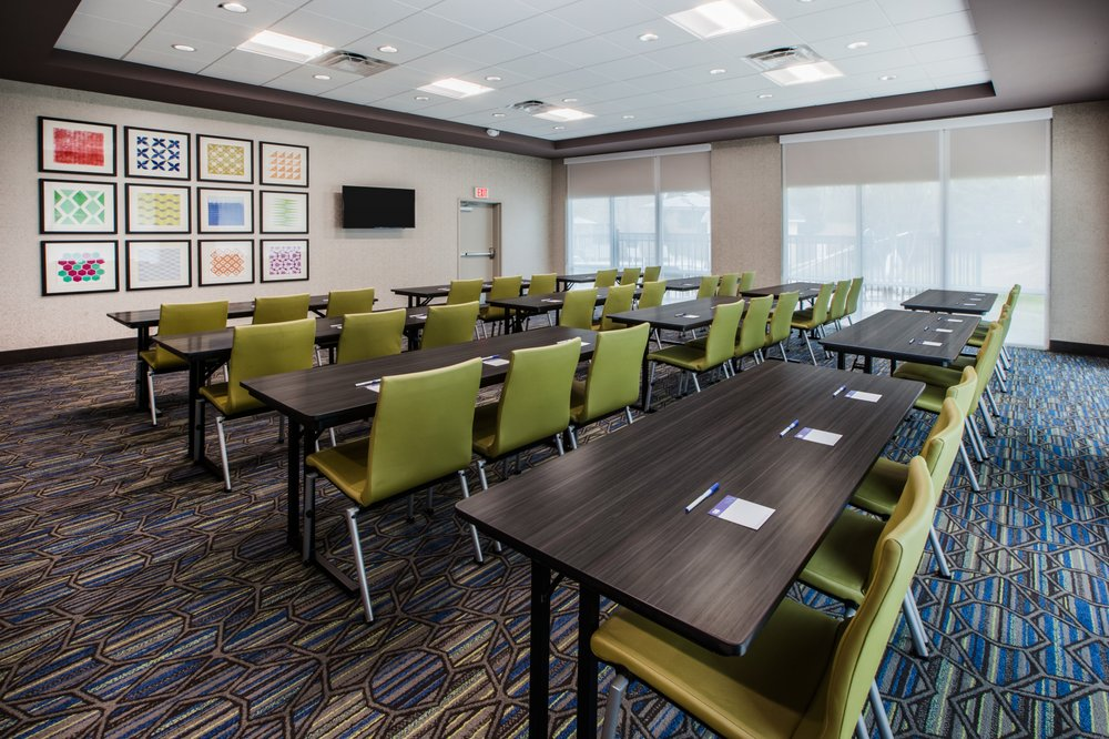 Holiday Inn Express & Suites Sparta