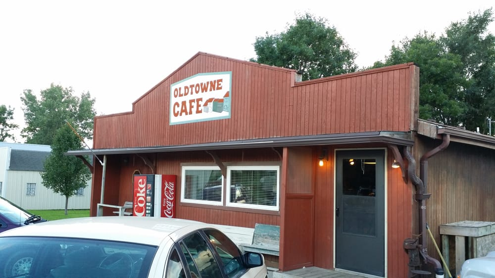 Oldtowne Cafe: 2207 Main St, Allendale, MO