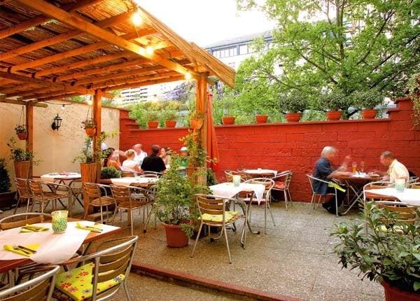 restaurant und pizzeria trompeter von s ckingen st ngt 14 foton 29 recensioner pizza. Black Bedroom Furniture Sets. Home Design Ideas