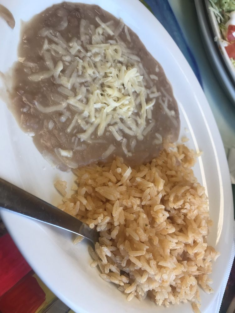 El Tapatio Restaurant: 1638 University Ave, Green Bay, WI