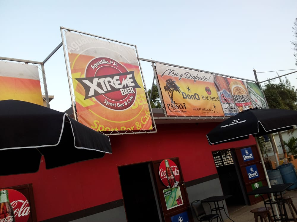 Xtreme Beer Sports Bar: Carr 110 int, Aguadilla, PR