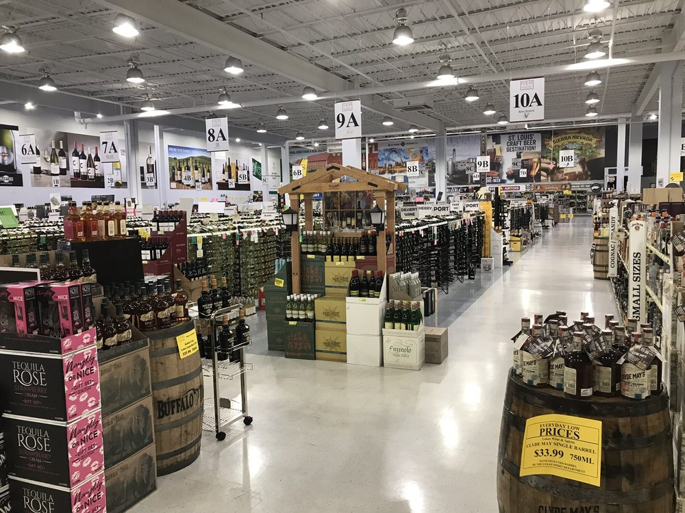Dog Wood Wine & Spirits: 15678 Manchester Rd, Ellisville, MO