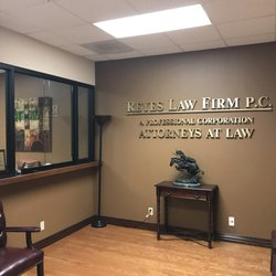 the eric reyes law firm personal injury law 1300 summit ave