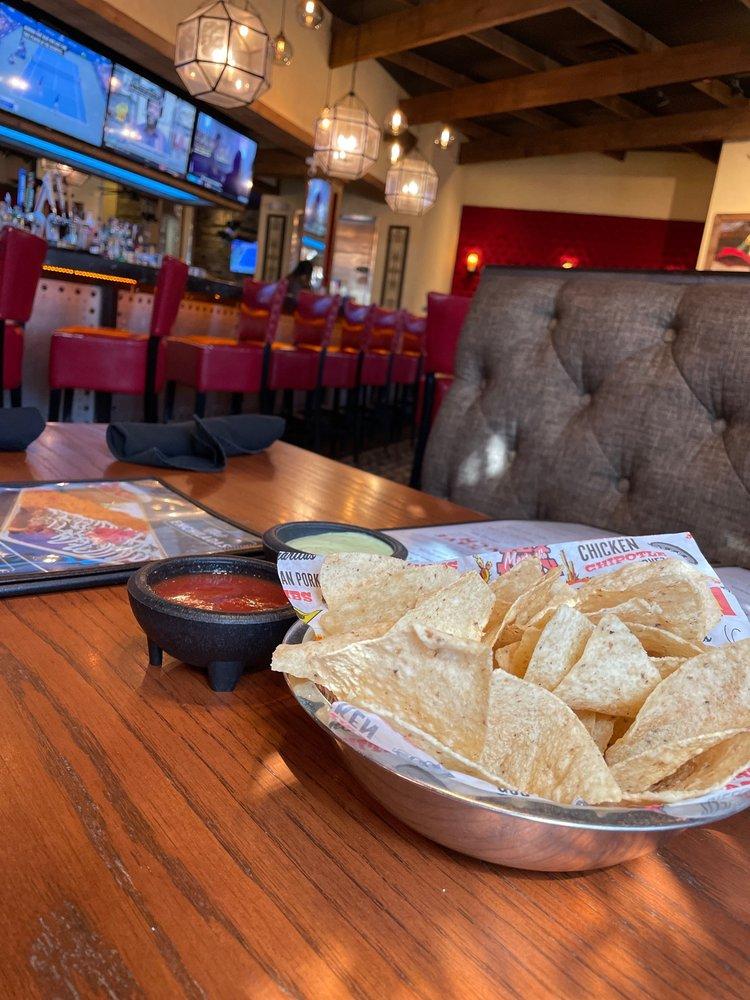 El Toro Mexican Restaurant: 120 Commerce St, Clute, TX