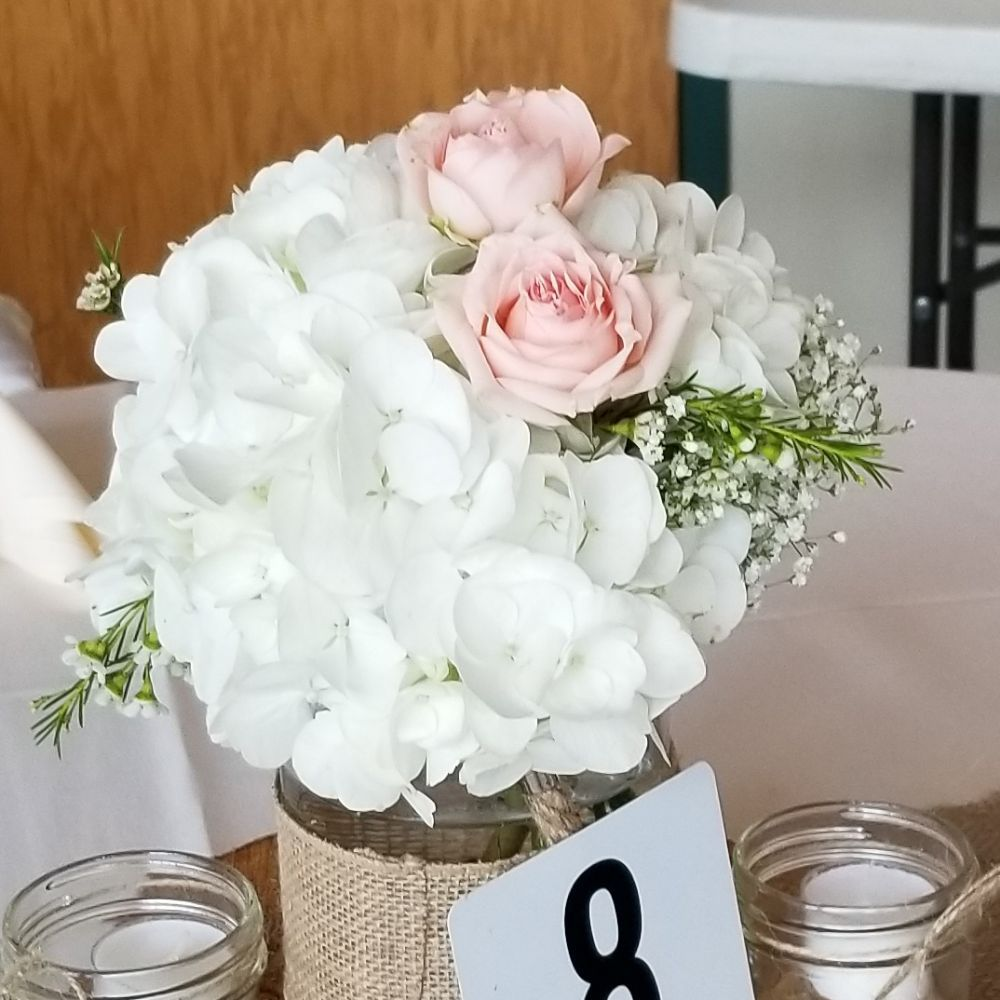 Darlene's Flowers: 12395 Rte 38, Berkshire, NY