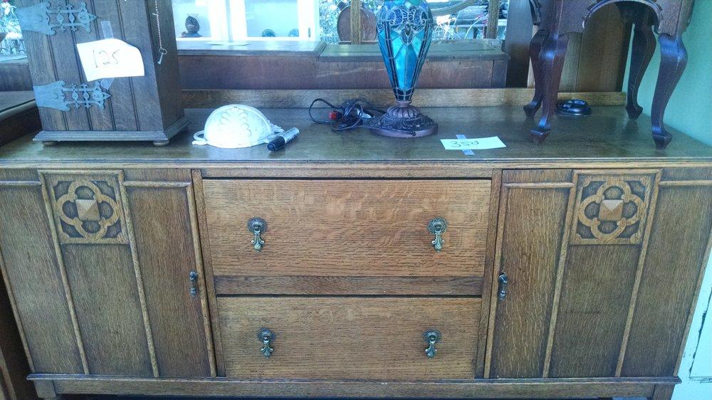 Hamrick's Furniture: 8 Autry Rd, Auburn, GA