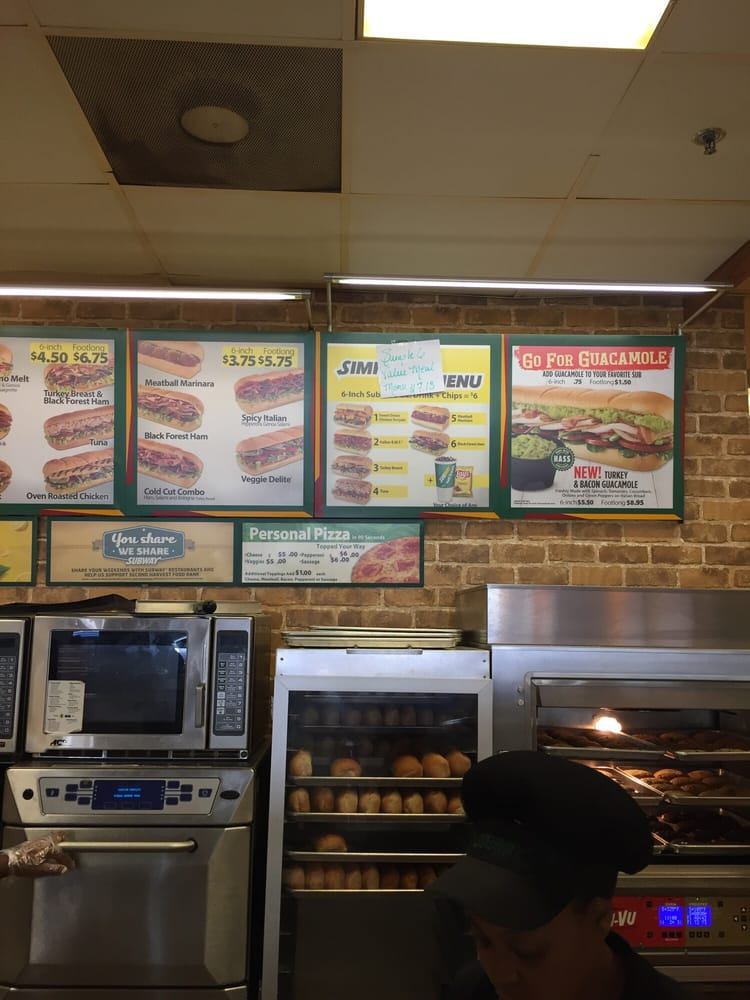 Subway Sandwiches Lower Garden District New Orleans La United States Reviews Photos