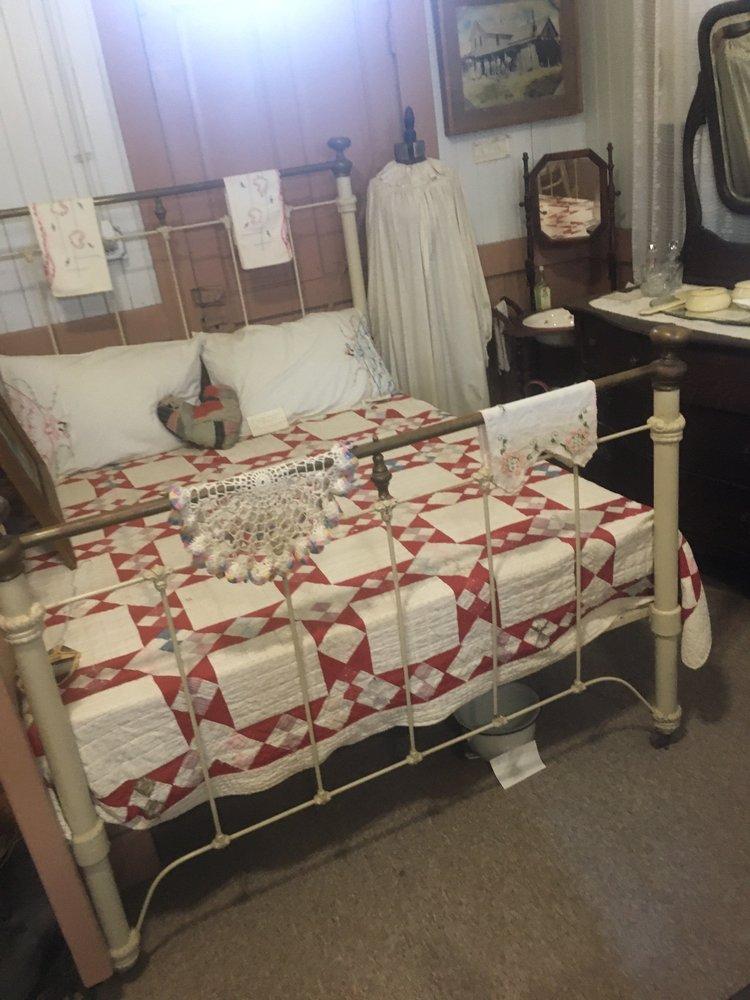 Santa Fe Trail Museum: 204 S Main St, Ingalls, KS