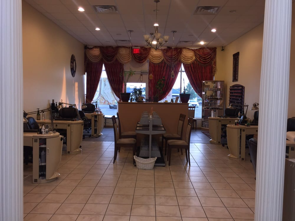 Photo of Pro Nails Of Il - Sycamore, IL, United States