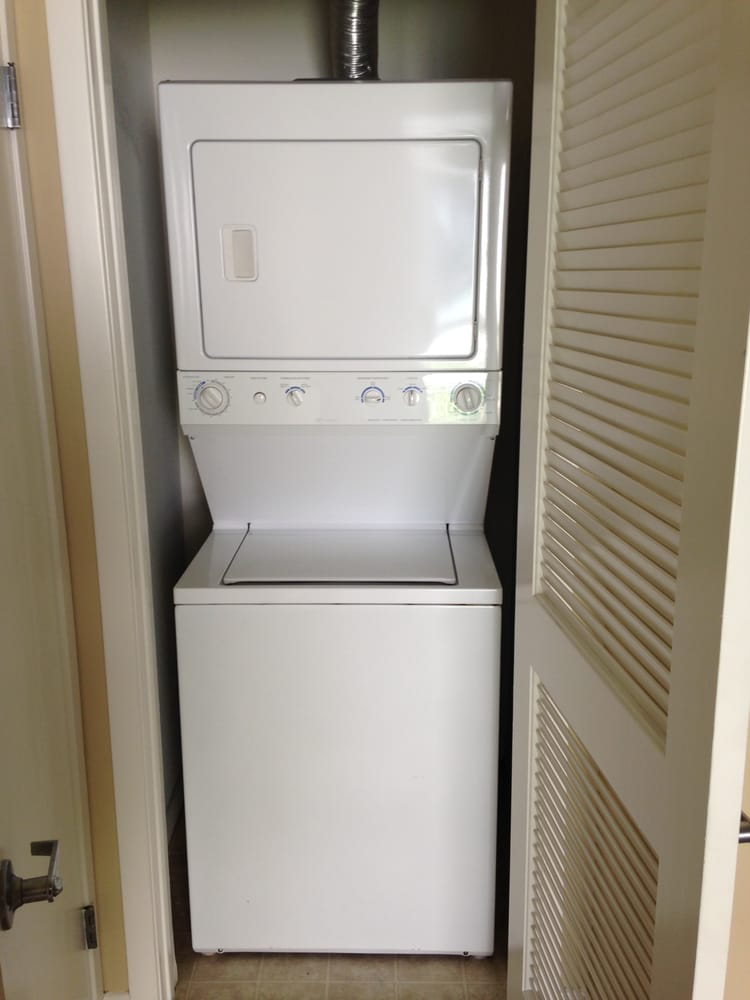 Stackable Washer Dryer W Full Size Wash Load Capacity