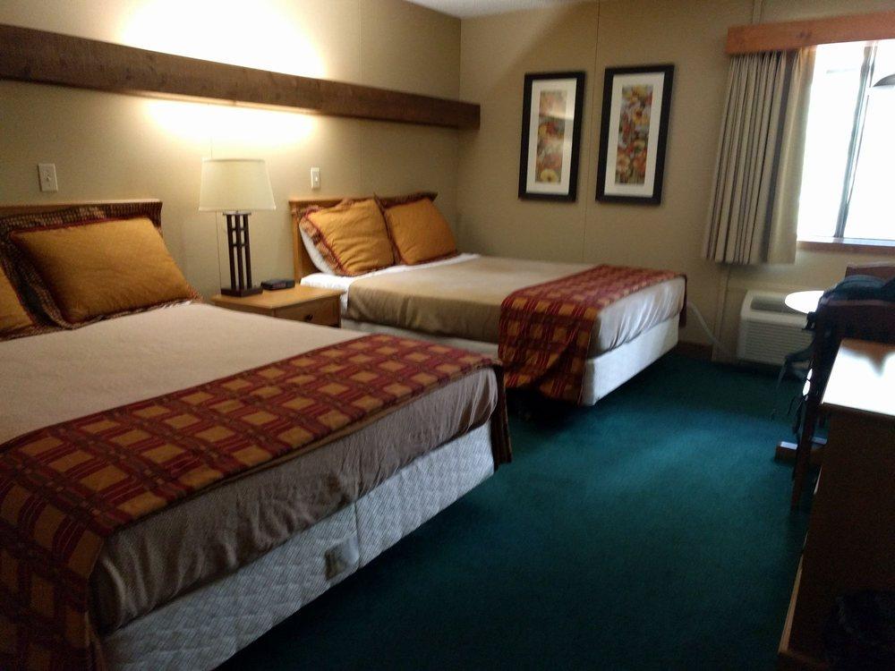 cedar grove lodge 24 photos 15 reviews hotels e. Black Bedroom Furniture Sets. Home Design Ideas