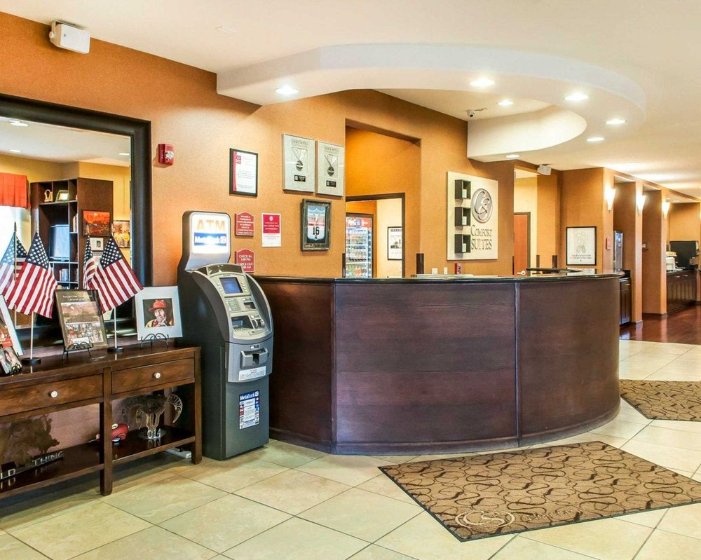 Comfort Suites: 3940 East Hwy 66, Gallup, NM