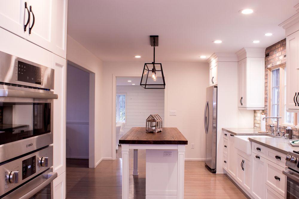 Kitchen Craft Cabinets in Alabaster, brick backsplash ...