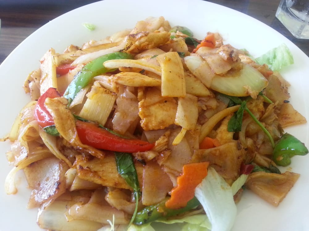 Pad thai with chicken yelp for At siam thai cuisine