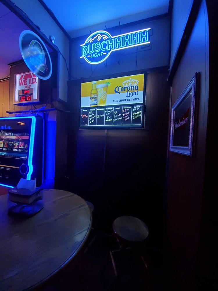 Mikey's Pub: 102 N Main St, Smithton, IL