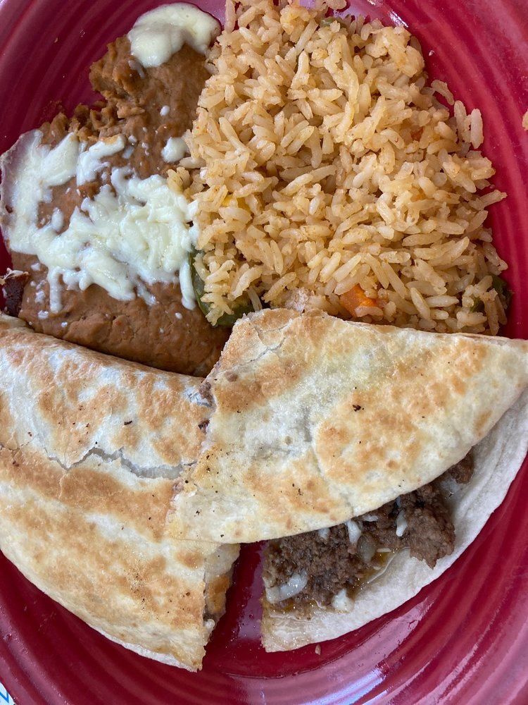 La Cabana Mexican Cuisine: 1553 Marinette Ave, Marinette, WI
