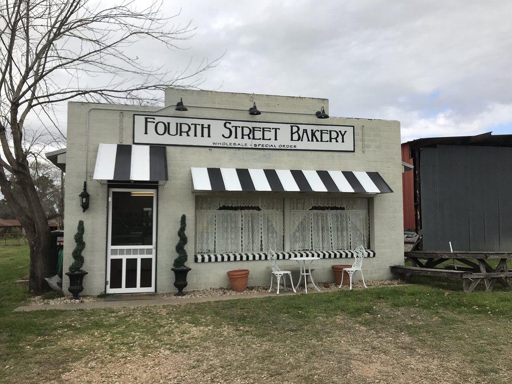 Fourth Street Bakery: 516 4th St, Lexington, TX