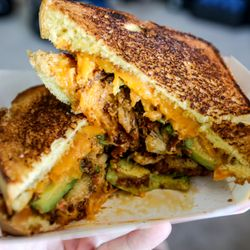 Street Kitchen 175 Photos 220 Reviews Food Trucks