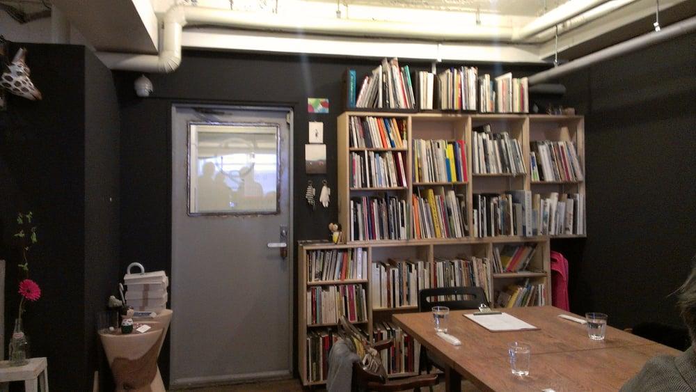 arni Atelier Cafe