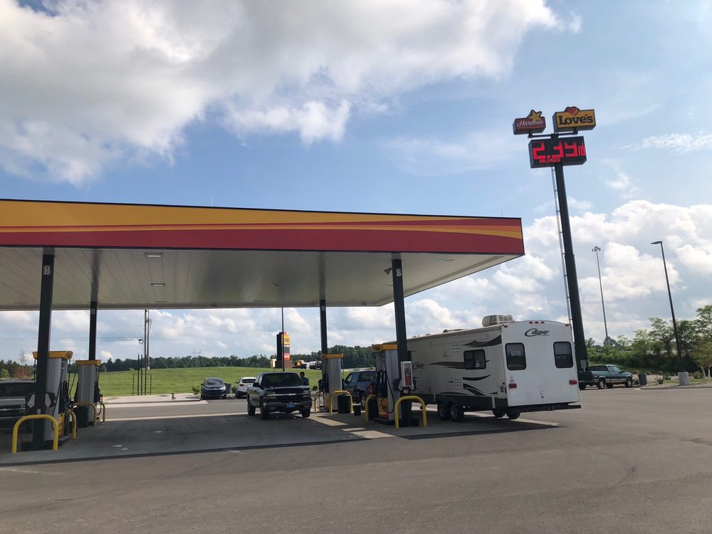 Love's Travel Stop: 601 S Ring Rd, Elizabethtown, KY