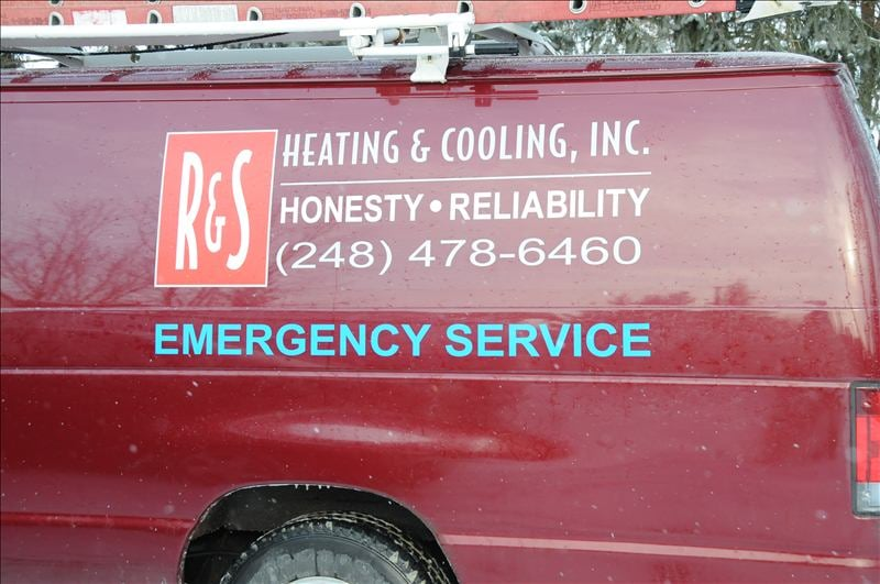 R & S Heating & Cooling: Livonia, MI