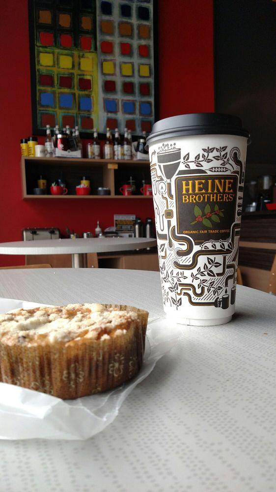 Heine Brothers' Coffee - Veterans Pkwy: 1475 Veterans Pkwy, Jeffersonville, IN