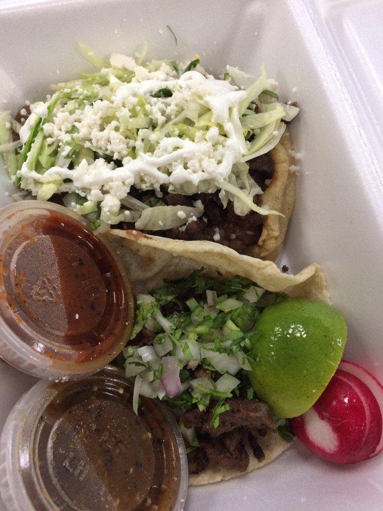 Mama Yola's Mexican Cuisine: 2180 E Mariposa Rd, Stockton, CA